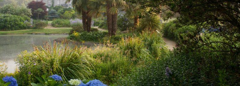 Jardins de la source bleue au Parc Botanique de Haute Bretagne