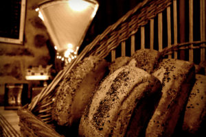 Pain cuit au feu de bois © Ferme du Bas Val